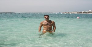 Polo221269 48 years old I am from Abu Dhabi/Abu Dhabi, Seeking Dating with Woman