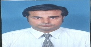 Shaanu 41 years old I am from Sharjah/Sharjah, Seeking Dating Friendship with Woman