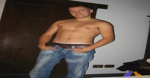 Guess85 32 years old I am from Reggio Emilia/Emilia-romagna, Seeking Dating with Woman
